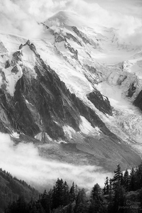 Mont-Blanc et Aiguille du Midi en noir et blanc