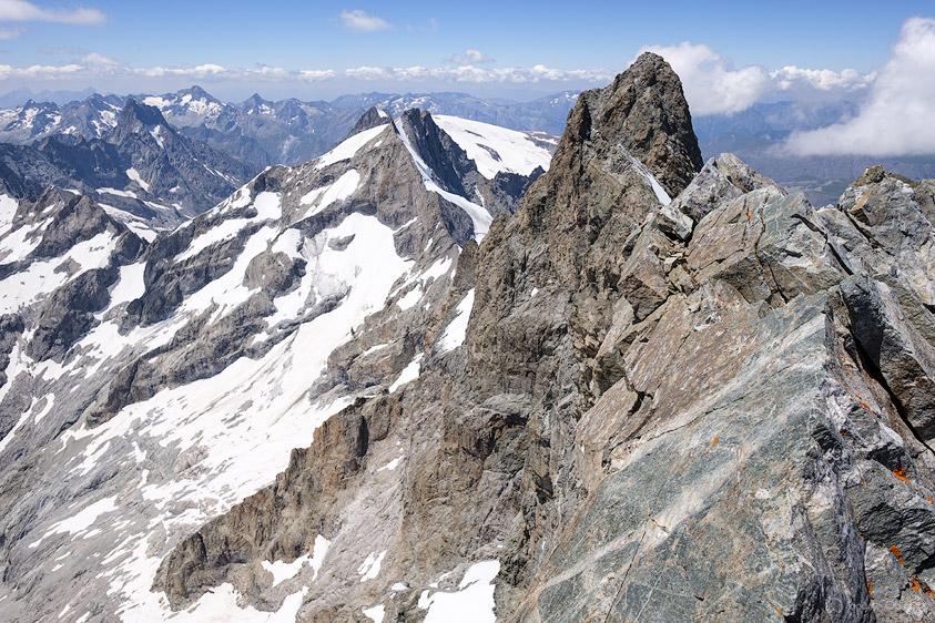 Vue sur le Grand Pic depuis le sommet du Doigt de Dieu